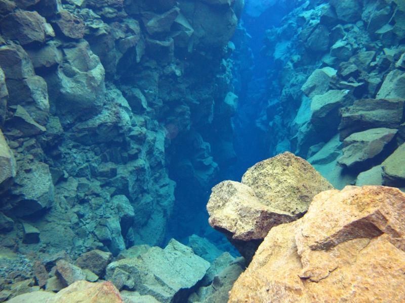 Sifra (fresh water rift), Thingvellir (dig)-Iceland