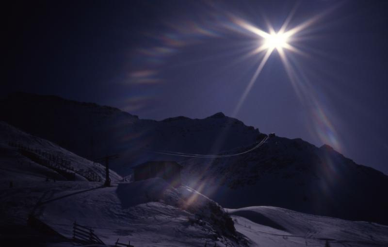 Sun ring by Cresta Youla-Courmayeur, Italy