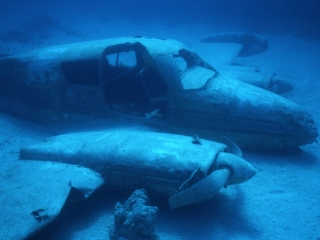 Cessna wreck-New Providence Island