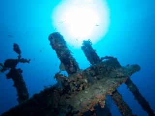 Top of wreck & sun, Wreck Alley (dig)-BVI